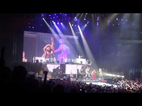 LMFAO Sorry for Party Rocking Tour Minneapolis May 25 2012