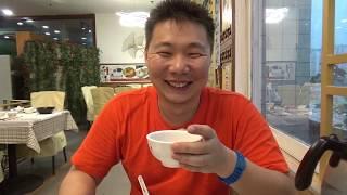Блины с лапшой, рис с травой, чай со вкусом земли. Китайский ресторан с Олегом