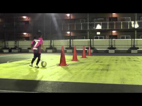 【U-7サッカー】スーパードリブラーを目指せ!ドリブル・トレーニングメニュー