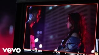Machine Gun Kelly - At My Best (Behind The Scenes) ft. Hailee Steinfeld