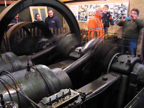 Hornsby, 1917 Hot Bulb, Paraffin Engine. from YouTube · Duration:  6 minutes 16 seconds