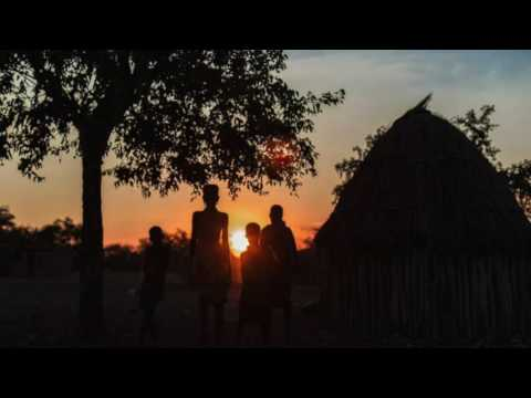 Afrikan Roots - Dance of the Tribe (feat. Tlokwe Sehume)