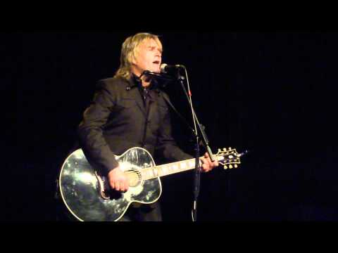 Mike Peters Acoustic 24910 @ St Helens  68 Guns