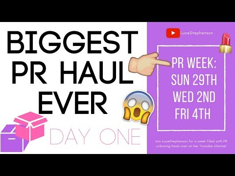 BIGGEST PR HAUL EVER!! FREE STUFF SMALL YOUTUBERS GET! PR WEEK - DAY ONE!!