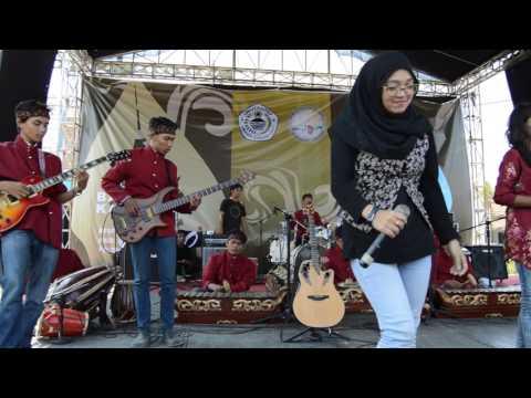KM Balai Kampus Reunion - Cover Towal-Towel Naif