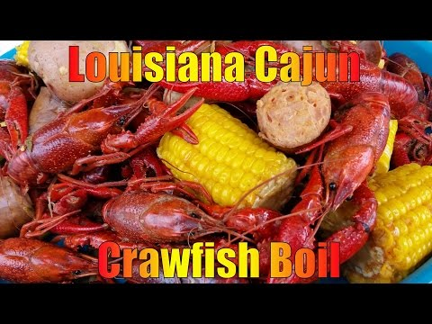 How To Make A  Killer  Cajun Crawfish Boil - 2015 HD