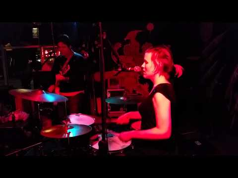"""Schwervon! - """"American Idle"""" Live @The Replay Lounge"""