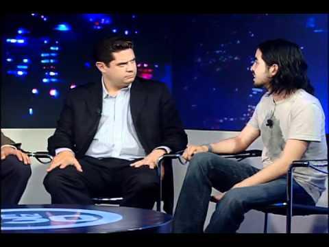 """""""Movimientos juveniles México"""". Invitado: Rene Fujiwara. Parte 2/3. EfektoTV Opinión: TRESen30"""