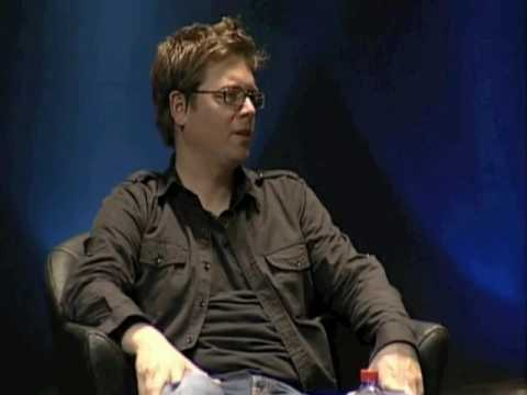 Biz Stone on public vs private life on Twitter (Cannes Lions)