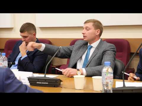 Смотреть Муниципальный депутат Роман Мусинский эмоционально о необходимости изменений МСУ онлайн