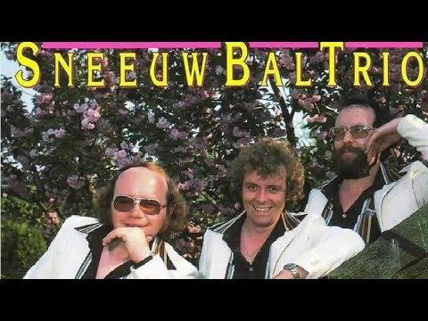 Sneeuwbal Trio ♪ Aan de Oever van de IJssel ♫