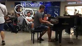 Парень жжет на пианино)) Пираты карибского моря