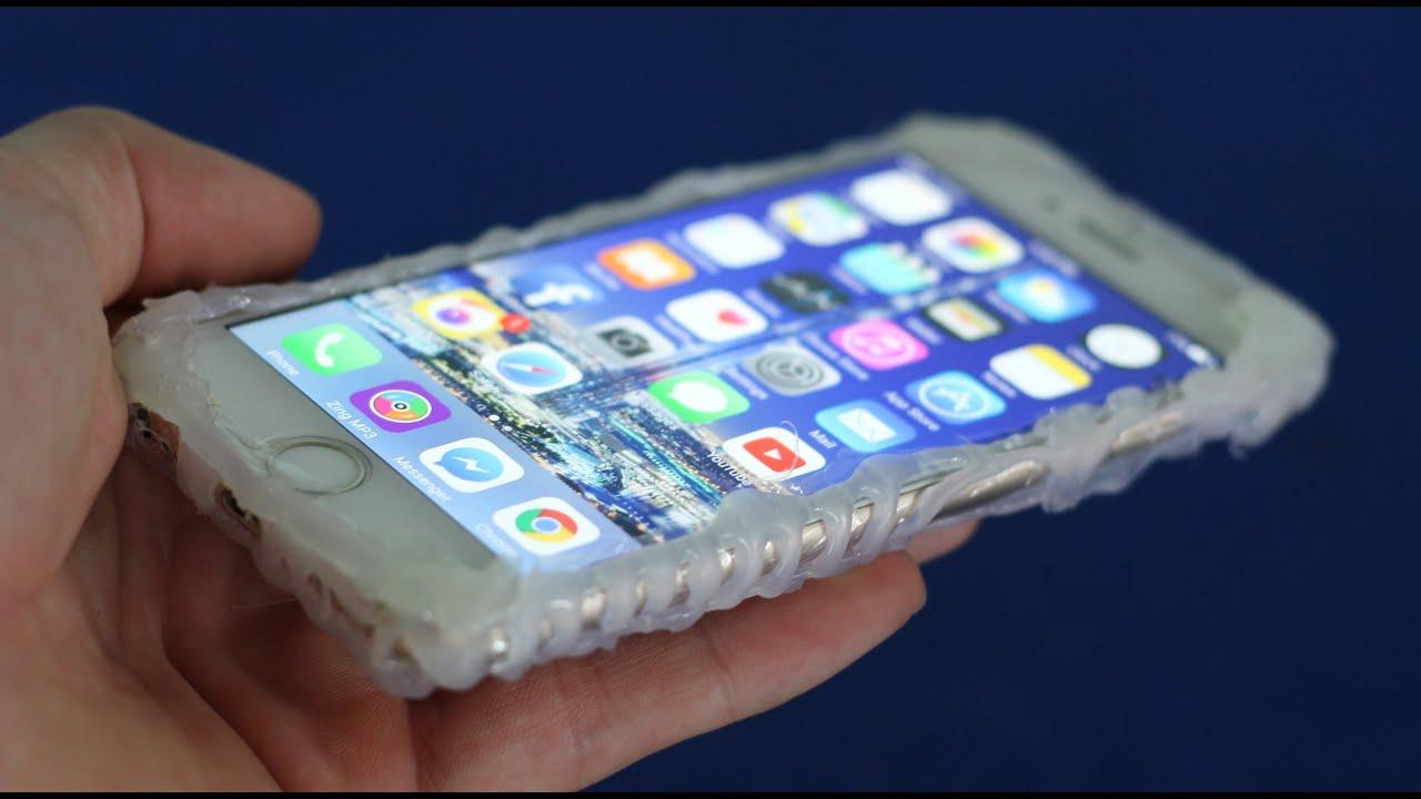 4c5ca0b93be Cómo hacer una cubierta de teléfono - con pegamento caliente by Talaxaga