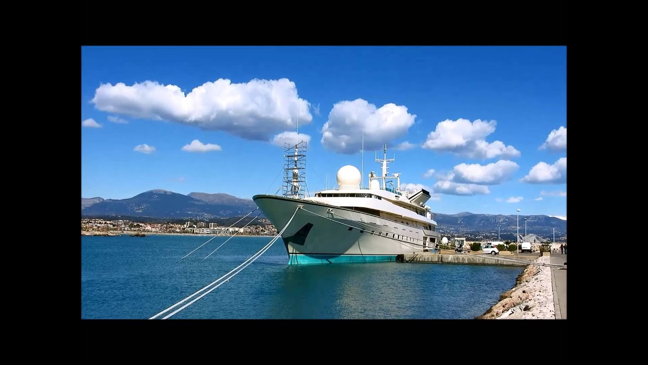KINGDOM 5 KR SUPERYACHT of Prince AlWaleed One biggest yacht in the world french travel trip