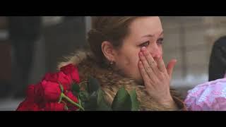 Download Самая красивая и душевная выписка из роддома зимой, мама плакала а папа приготовил сюрприз Mp3 and Videos
