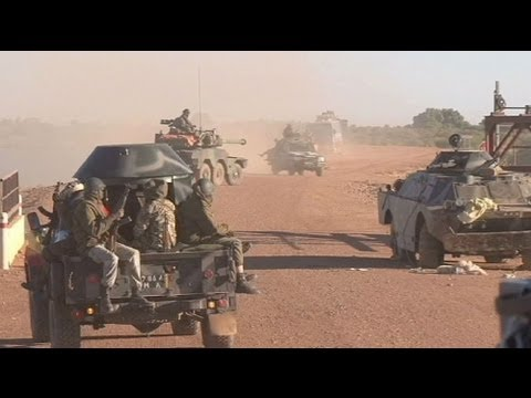 In Mali rebels try to buy support