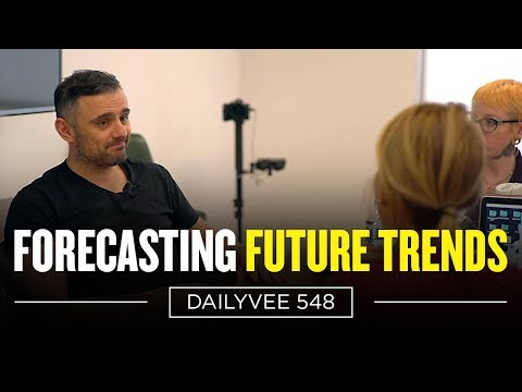 How Much Would You Pay to Sit in a Meeting With Bill Gates and Steve Jobs? | DailyVee 548