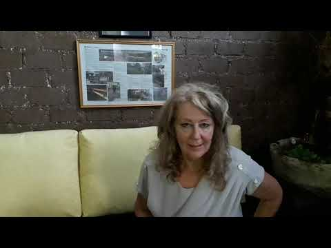 Our Australian guest talked about Borneo Eco-house.