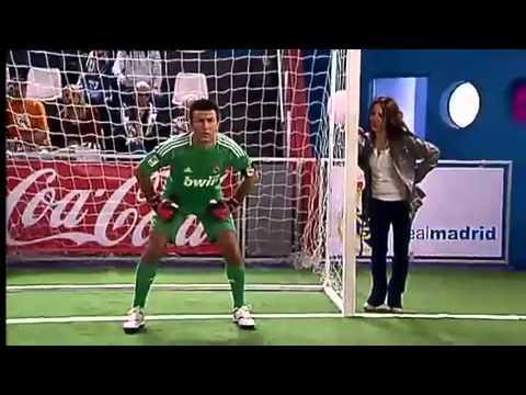 Crakovia - Iker Casillas Y Sara Carbonero!