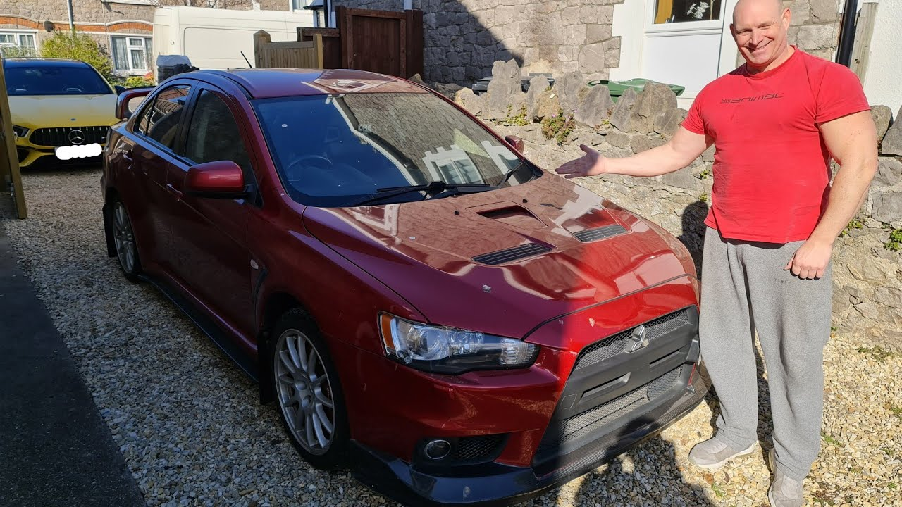 Meet our Mitsubishi Evo ! 410bhp rally car for the road !