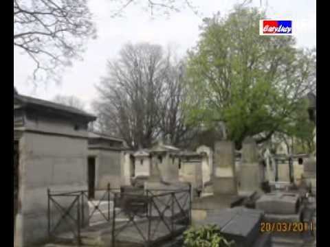 Le cimetière  de Montmartre de Paris  2011