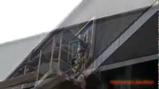 ДОНБАСС СЕГОДНЯ 13 мая Макеевка С ИСПОЛКОМА СНЯЛИ ГЕРБ Украины(, 2014-05-14T07:41:50.000Z)