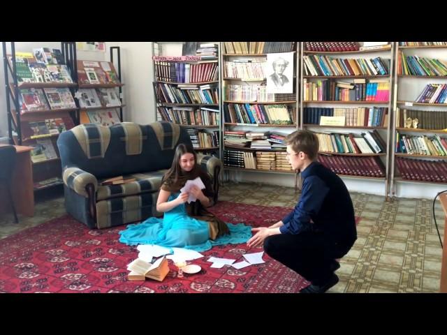 Изображение предпросмотра прочтения – АлександрДаринцев читает произведение «Она сидела наполу…» Ф.И.Тютчева