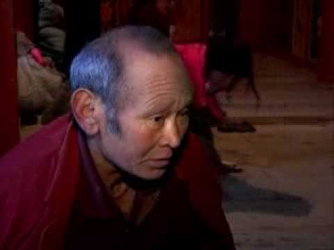 Monk Praying 1,000 Times a Day for 20 Years Has Left His Footprints Ingrained in the Wood Floor