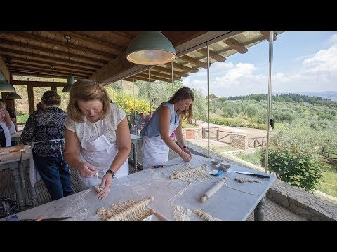 cooking-class-and-lunch-at-tuscan-farmhouse-with-market-tour