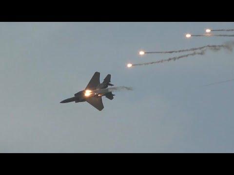 Singapore Airshow 2020 - RSAF Boeing F-15 dynamic display