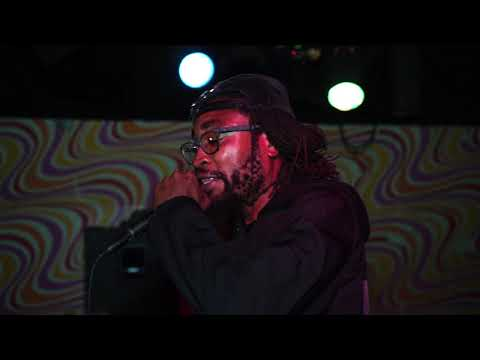 Hassaan Mackey Live @ Bug Jar w/ DJ EASE