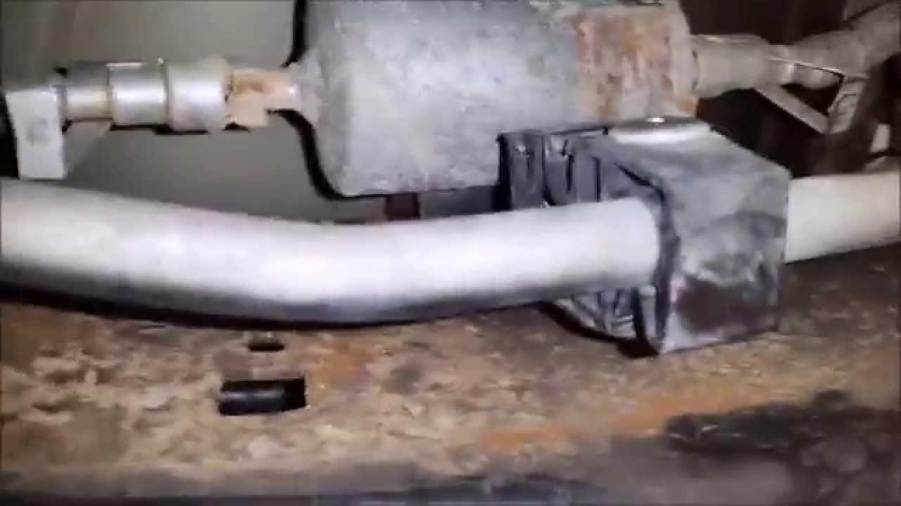 Oil & Fuel Filter Change 2000 Explorer V8 - YouTubeYouTube