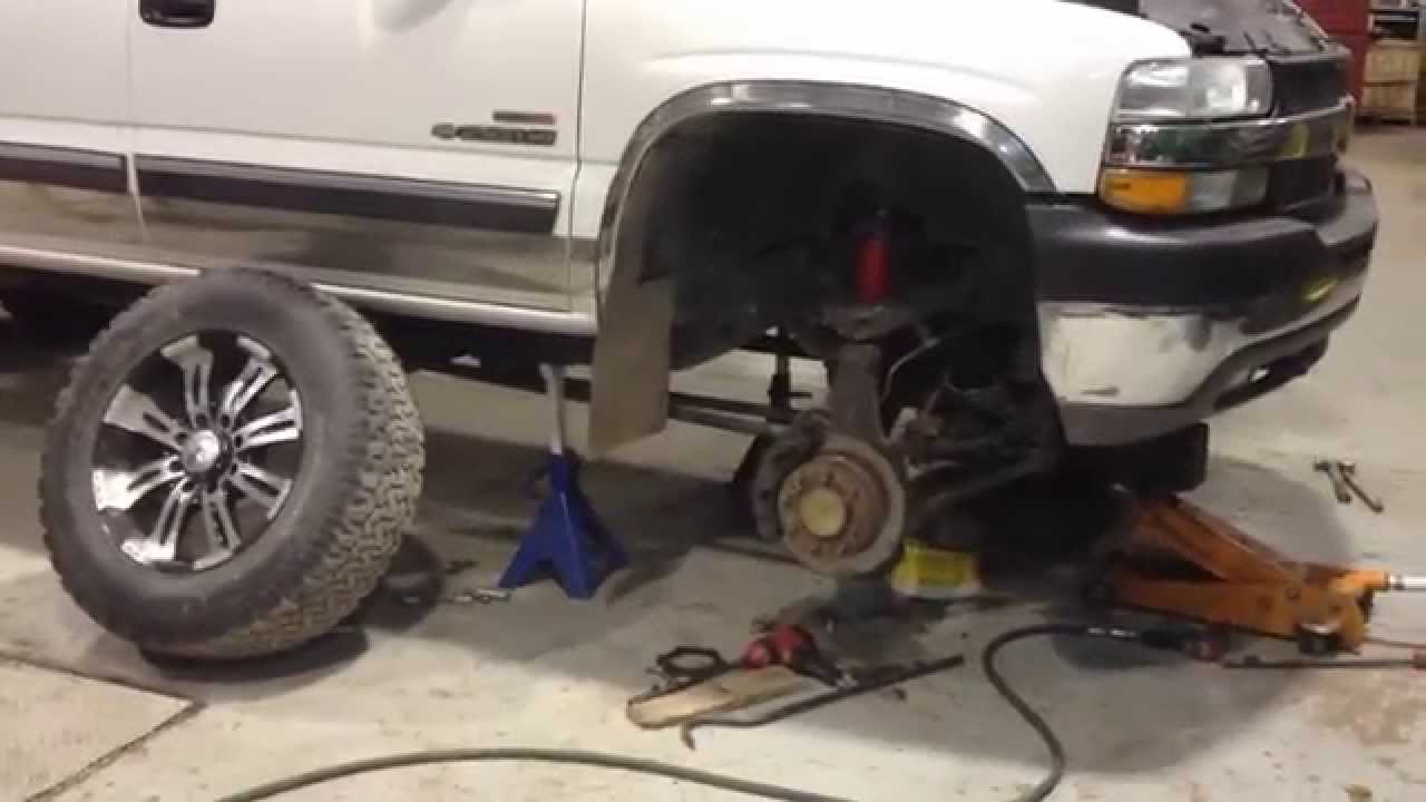 Replace Chevy Duramax Front Axle Seal