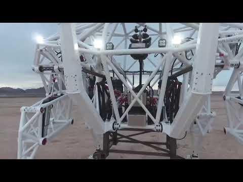 Самый большой экзоскелет, разработанный канадским изобретателем, попавшим в Кигу рекордов Гиннесса
