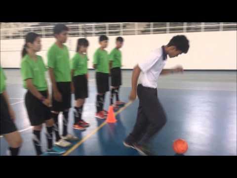 ทักษะพื้นฐานการเล่นกีฬาฟุตซอล  Physical Education