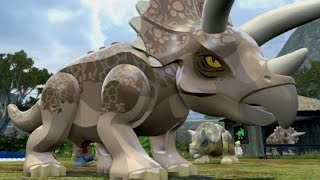 Free roam gameplay with some of the dinosaurs in the triceratops ar...