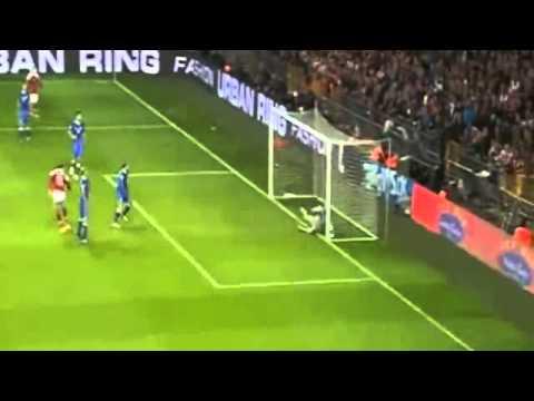 Nicklas Bendtner Second Goal ~ Denmark vs Italy 2-1 ~ 11/10/2013