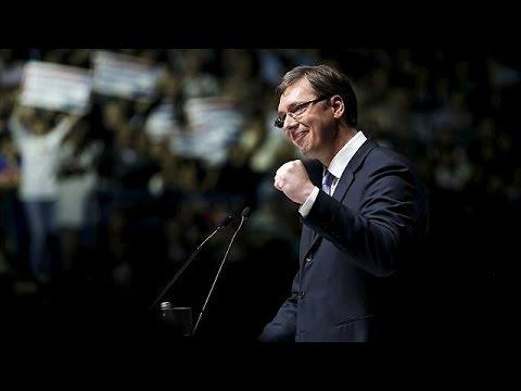 Serbia: favorito nelle elezioni politiche anticipate il premier Vucic