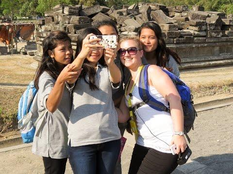 Anne Explores Wonderful Indonesia - Yogjakarta Part 1 -  Prambanan Temples - Sendratari Ramayana