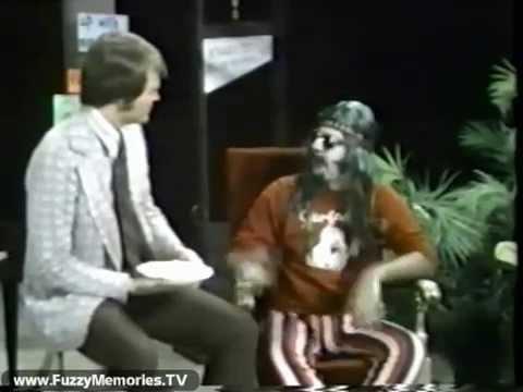 Screaming Yellow Theater (Svengoolie) - syt show 43 movie1 break3 chet coppock sig (1972)