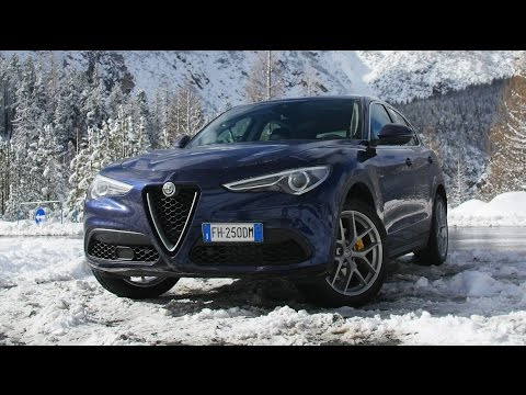 Alfa Romeo Stelvio Turbobenzina 280cv Q4 - Davide Cironi Drive Experience (ENG.SUBS)