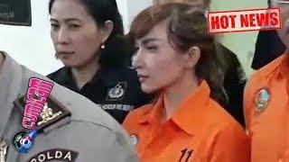 Hot News! Kronologi Roro Fitria Ditangkap Polisi di Istana Megahnya - Cumicam 15 Februari 2018 thumbnail
