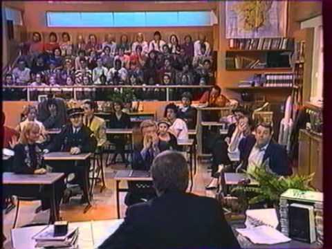 la classe novembre 1992 partie 1 2 youtube. Black Bedroom Furniture Sets. Home Design Ideas