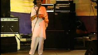 "Garnett Silk ""Its Growing"" Live 1992"