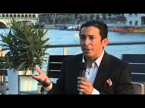 Brian Solis in Paris on Hotel Marketing 1/4 (3 things hotels must do)
