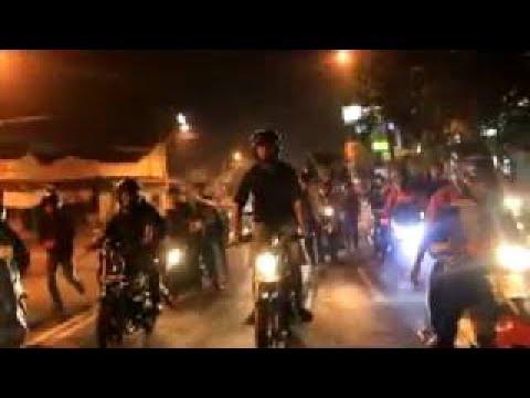 GANGSTER JEMBATAN MAMPANG DITANGKAP WARGA 23 mei 2017