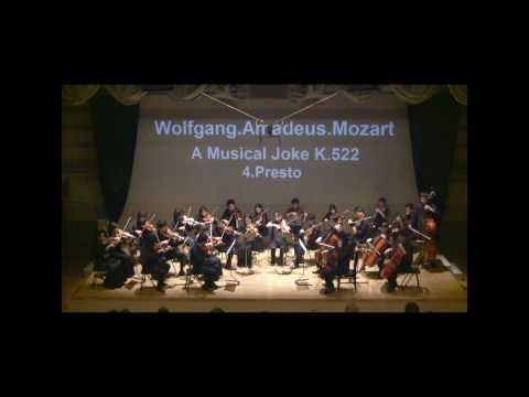 Mozart :A Musical Joke K.522 4mov