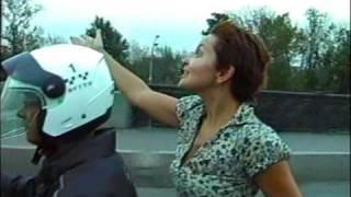 WWW.1 МОТТО.COM - такси на мотоциклах! Москва.(WWW.1 МОТТО.COM - такси и курьерская служба на мотоциклах. трёхколёсные мото-скутера Piaggio MP3., 2009-03-20T19:23:58.000Z)