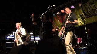 """Guided By Voices -  """"Wished I Was A Giant"""" (live)"""