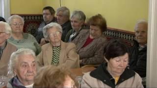 Egy újabb program az idősek klubjában 10'